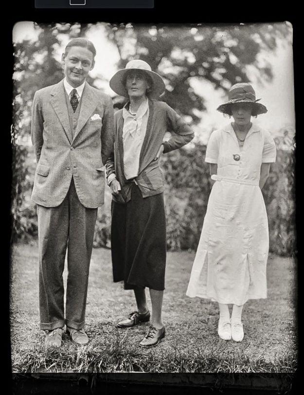 Eliot, Woolf and Vivien